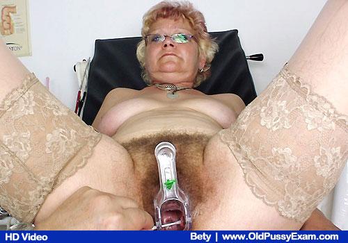Betty at the gyno checkup