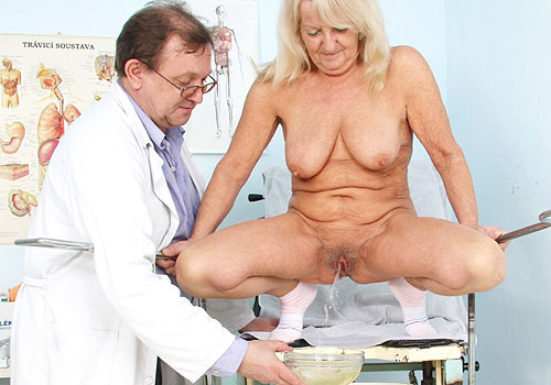 Mature Dorota Gaping Pussy Exam (436 photos)