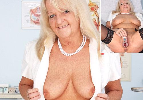 Mature Dorota Naughty Nurse Pussy Gaping